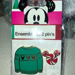Disney Christmas set of 2 pins:  green sweater set